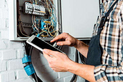 How to Sell a Tulsa Home with Electrical Problems